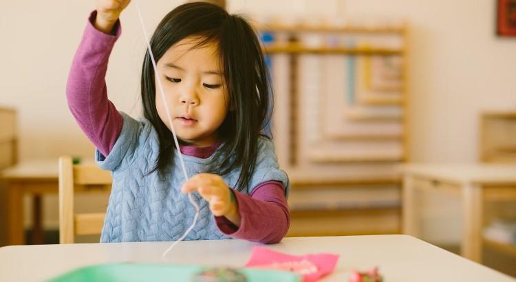 Montessori-Threading